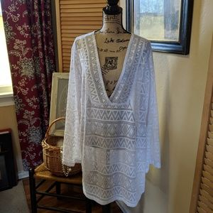 White eyelets Top cover up kimono long sleeves